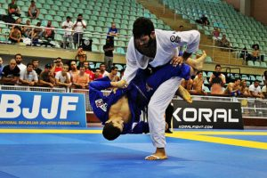 Brazilian Jiu-Jitsu: Luta Oriental com Toque Brasileiro