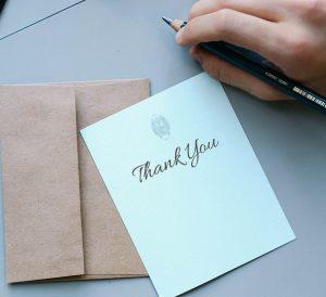 Expressar Gratidão Diariamente: a Prática que só Traz Benefícios