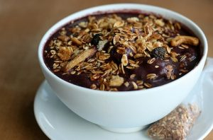 "Açaí: The Trending ""Energy in a Bowl"""