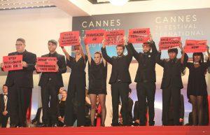 Protesto Brasileiro em Cannes Contra Genocídio Indígena Chama Atenção do Mundo