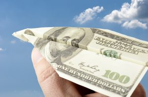 Dólar em Alta é Bom Momento Para Brasileiros Residentes nos EUA Enviarem Remessas para o Brasil
