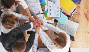 Com Quem Você se Envolve nos Negócios?