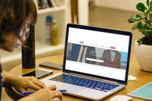 No Brasil: Como Melhorar seu Currículo com Cursos Online Gratuitos do Governo